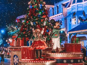 10 Reasons To Attend Mickey's Very Merry Christmas Party This Year